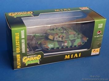 Собранная коллекционная модель танка M1A1