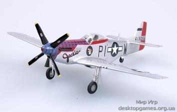 Готовая модель истребителя P51D, Англия