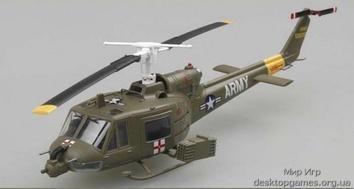 Собранная модель вертолёта  Белл UH-1B «Ирокез»
