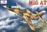 Учебно-тренировочный российский самолёт МиГ-АТ