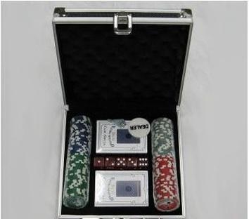 Покерный набор на 100 фишек с номиналом, кейс
