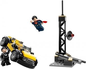 Lego Решающий бой в Метрополисе Super Heroes 76002