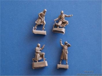 Фигурки солдат советской артиллерии
