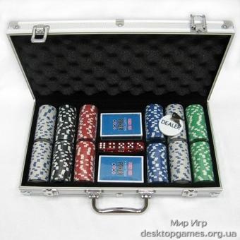 Покерный набор на 300 фишек, кейс