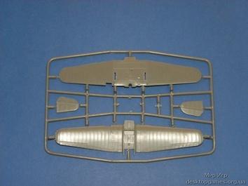 Модель учебно-тренировочного самолета Як-18 - фото 2