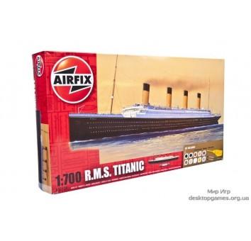 Британский пароход Титаник (набор с красками и клеем)