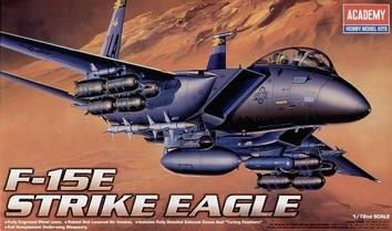 Самолет F-15E Strike Eagle