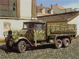 Пластиковая модель армейского грузовика Henschel 33D1