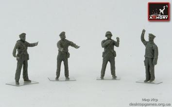Фигурки советского экипажа морских пехотинцев