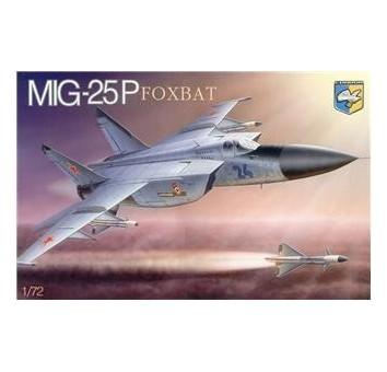Mig-25P  Foxbat  Soviet interceptor