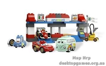 "Lego ""Пит - стоп"" Cars 2 Duplo"