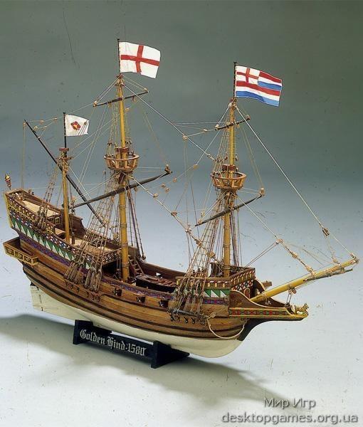 Модель корабля из дерева Golden Hind (Золотая лань)