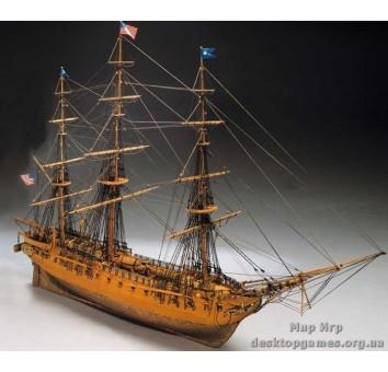 Деревянная модели американского фрегата Конститьюшн (USS Constitution)