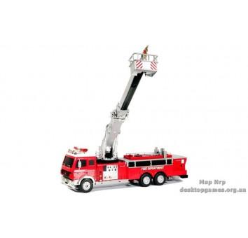 Пожарная машина на радиоуправлении.
