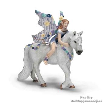 """Игрушка-фигурка """"Фея-эльф Олеана на белом коне"""""""
