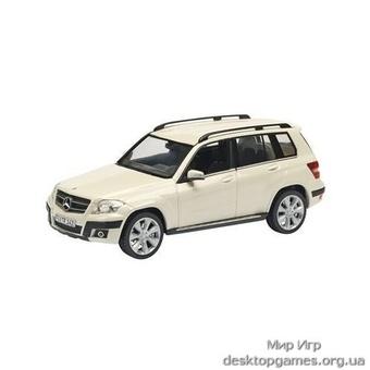 Mercedes-Benz GLK Offroad, white