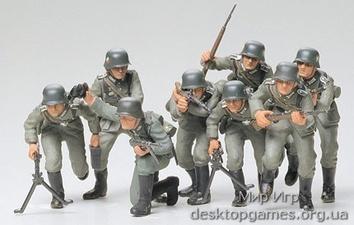 Немецкая пехота в наступлении