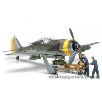 Немецкий Focke-Wulf Fw190 F-8/9 c бомбокомплектом