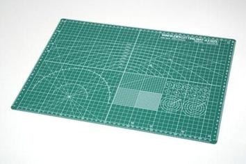 Лист формата А3 с лекалами для вырезания деталей