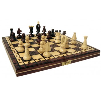 Шахматы  королевские малые коричневые